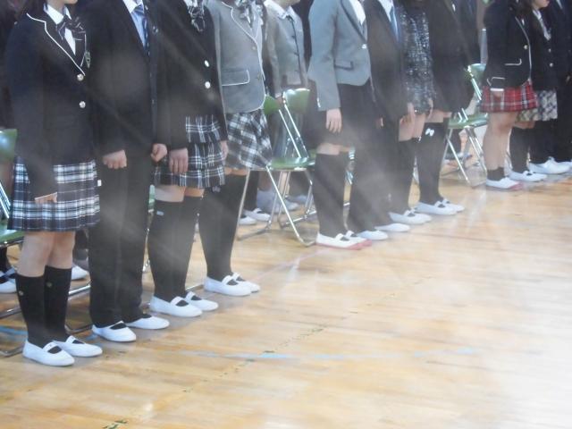 卒園式と入学式の子供の服